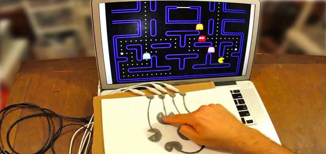 Makey makey, transformer des objets de la vie courante en touches de clavier.